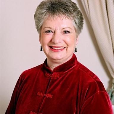 Maureen Barrass d.h.c.i